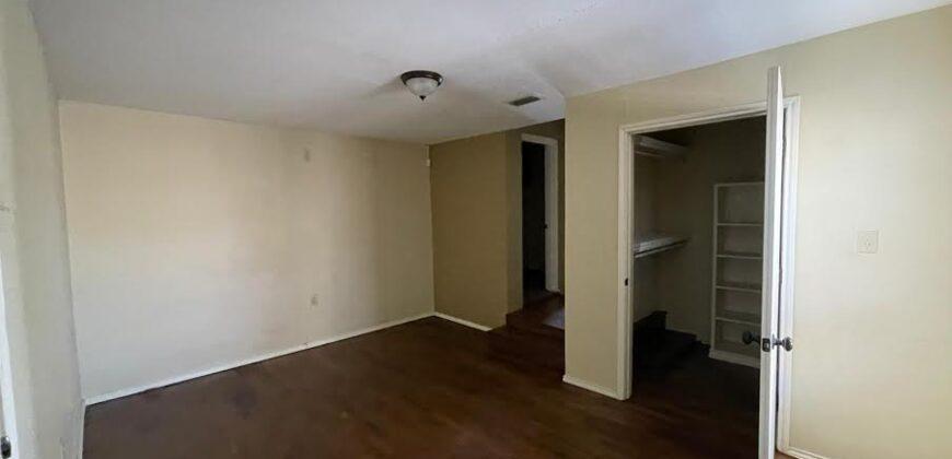 305 S 4TH ST MCALLEN, TX 78501