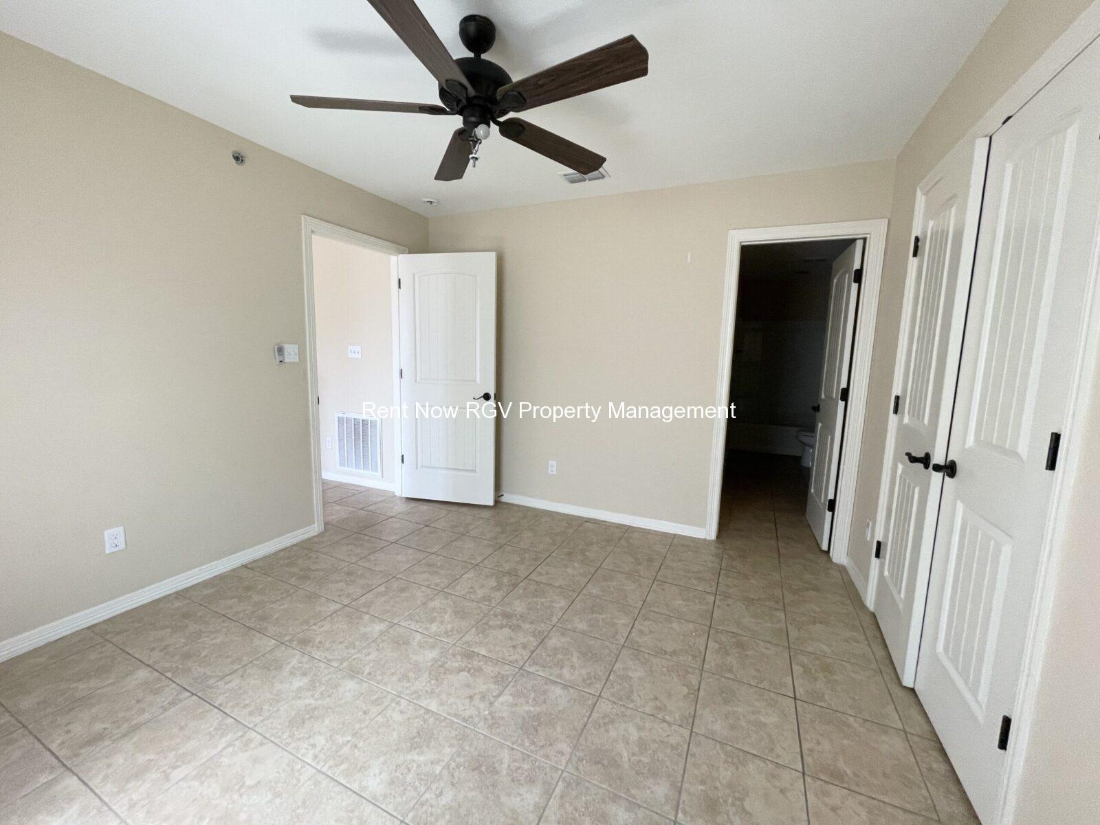 201 N LINARES ST ALTON, TX 78573